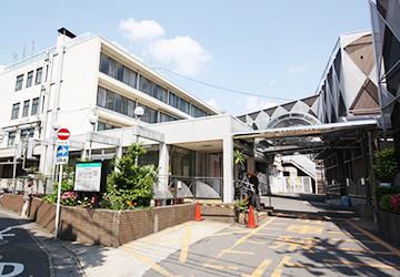 西京都病院 徒歩8分