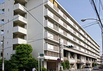 京都市西京区役所 徒歩13分